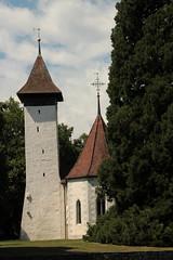 Kirche Scherzligen - Scherzligenkirche ( Chiuche - Church - Eglise - Chiesa - Turm 9. Jahrhundert - Kirchenschiff 10.-12. Jahrhundert ) an der A.are bei Thun im Berner Oberland im Kanton Bern in der Schweiz (chrchr_75) Tags: chriguhurnibluemailch christoph hurni schweiz suisse switzerland svizzera suissa swiss chrchr chrchr75 chrigu chriguhurni juli 2015 hurni150713 albumregionthunhochformat hochformat regionthun kantonbern berner oberland kirche church glise chiesa temple chiuche juli2015 albumzzz201507juli albumkirchenundkapellenimkantonbern iglesia kirke kirkko   kerk koci igreja  eglise thunhochformat