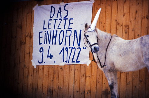 "Filmwerbe-Dia ""Das letzte Einhorn"" (07b) • <a style=""font-size:0.8em;"" href=""http://www.flickr.com/photos/69570948@N04/19867258949/"" target=""_blank"">View on Flickr</a>"