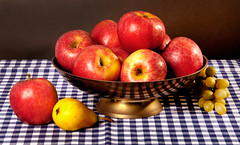 Still life with apples (Francis Jimnez Meca) Tags: life red food brown color green apple nature leaves yellow fruit paper dessert juicy still healthy mixed raw natural bright time market sweet cut eating juice object group picture dry fresh delicious health snack diet agriculture edible groceries crushed freshness ripe nutrition olden vitamin