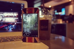 McCafé (MikeLau_) Tags: china city summer hot apple coffee station notebook yahoo mac flickr phone mcdonalds application smartphone mocha trainstation guangdong icedcoffee shenzhen ios app mccafe iphone sz coffeetime frappe macbook iphone4 iphone4s