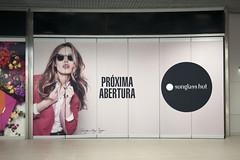 Aeroporto de Lisboa inaugura nova área comercial (ANA Aeroportos de Portugal) Tags: travel airport lisboa lisbon starbucks fnac viajar victoriasecrets airportshopping lisbonairport aeroportodelisboa anaaeroportos aeroportosdeportugal anaaeroportosdeportugal