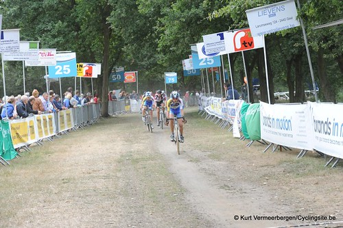 Nieuwelingen & juniors Kessel (577)