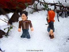 The Doctor & Amy Enjoy The Snow