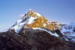 09-Matterhorn-avondlicht (ohank1951) Tags: sunset alps switzerland zonsondergang suisse zermatt matterhorn alpen wallis valais cervin zwitserland cervino dentdherens schnbielhtte