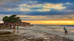 Tanah Lot Bali, Indonesia (spintheday) Tags: sea bali nature rock indonesia temple photographer wave surfing kuta tanahlot canonefs1022mmf3545usm volcaniccliff canoneos7d purabatubolong gudangagung