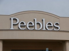 Day 14 (DBM) Peebles exterior facade (closeup) (l_dawg2000) Tags: old food vintage shopping store applebees tn tennessee arcade jewelry 80s shoppingmall photoaday foodcourt gameroom gnc jcpenney jewelers bathandbodyworks project365 dyersburg generalnutritioncenter burkesoutlet sweetpeppersdeli dyersburgmall