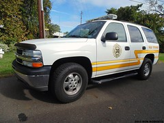 Deputy 30 (Engine 907) Tags: chevrolet pennsylvania chief tahoe falls deputy firetruck chevy firefighter township battalion fallsington