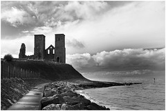 _MG_0514 ('The Lonely Towers'). (Stroofer) Tags: blackandwhite landscape kent reculver thetwosisters canoneos1100d historicbuildingds infinitexposure