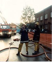 LFB H21 Bromley 6PF 1989 (paddingtonfire) Tags: london fire tl turntable fireman paddington ladder brigade a21
