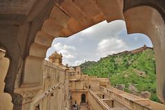 DSC_7398x_ le fort Jaigarh vu du fort d' Amber à Jaipur aux Rajasthan (jpboiste) Tags: nikon fort jaipur rajasthan d800 damber fortjaigarh