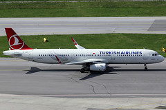 THY - Turkish Airlines Airbus 321-231 TC-JSE (c/n 5450) Fitted with Sharklets. (Manfred Saitz) Tags: 321 airbus airlines thy vie a321 schwechat loww viennainternationalairport sharklets thurkish tcjse