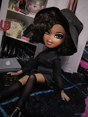 A La Mode Worldwide Edition | Week 2 | Insta Witches (US) | Shonelle Welsh (PancakeBoss) Tags: bratz doll shonelle welsh loves it designed by sasha natural woman mga