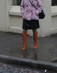 Hunters good choise for rainy day (jazka74) Tags: wellies rubber boots hunter high heel lapins wet walk rain