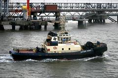 Tug - Svitzer Moira (Svitzer) (Howard_Pulling) Tags: camera canon boat photo ship picture vessel hull shipping humber victoriadock hpulling howardpulling