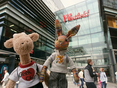 Georgia and Beulah at the Massive Westfield Shopping Centre, 19 May 13 (Castaway in Scotland) Tags: england rabbit london toy hare olympus giraffe jellycat d700