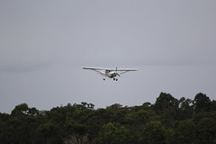 Terrier T100 doing circuits at Hervey Bay (Ben May) Tags: cross wind crosswind touchandgo hvb yhba
