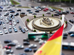 Cibeles (colladoman) Tags: madrid city espaa cars spain flag rotonda ciudad bandera cibeles coches tiltshift