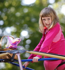 _MG_7270 (abelow) Tags: playground kids canon5dmarkll canon135f2llens