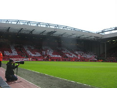 The Kop pays tribute to Jamie Carragher (kersalflats) Tags: club liverpool football jamie stadium reds mighty qpr anfield lfc carragher