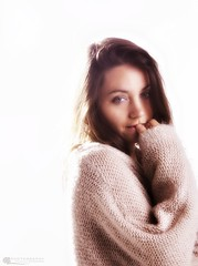 treewx _MG_3249 (hagenhohn) Tags: woman silhouette studio nude sweater model highkey wetcloth ashleymuffin christelletrotter