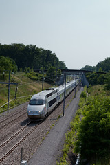 TGV est / high-speed french train (_NicoDem_) Tags: france canon mark railway ii 5d tgv highspeed est 5dmarkii 5dmkii