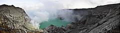 Panorama of the Ijen Crater (lasse christensen) Tags: bali panorama indonesia volcano java vulkan eastjava ijen gunungapi dsc837881