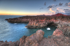 Los hervideros (christian&alicia) Tags: nature landscape volcano lava mar nikon sigma lanzarote canarias 1020 hdr atlantico d90 christianalicia ilobsterit
