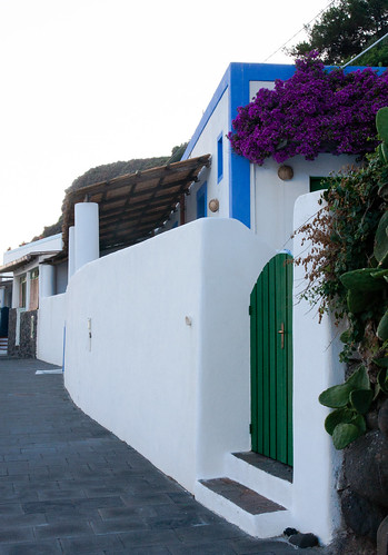 Rue de Filicudi (2)