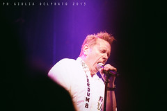PiL @ Atlantico Live, Roma 27.10.13 (d_arkshines) Tags: roma punk live crowd 80s johnny rotten ltd sexpistols postpunk pala pil atlantico publicimagelimited johnlydon johnnyrotten fromthecrowd giuliadelprato atlanticolive dalpubblico artpostpunk lastfm:event=3512608