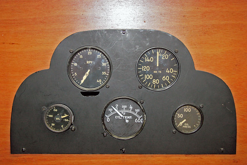 Sikorsky VS-300 Hoverfly Instrument Panel