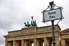Berlin - Brandenburg Gate (phil_king) Tags: street city berlin monument sign statue architecture germany square deutschland gate platz capital tor brandenburger brandenburg pariser