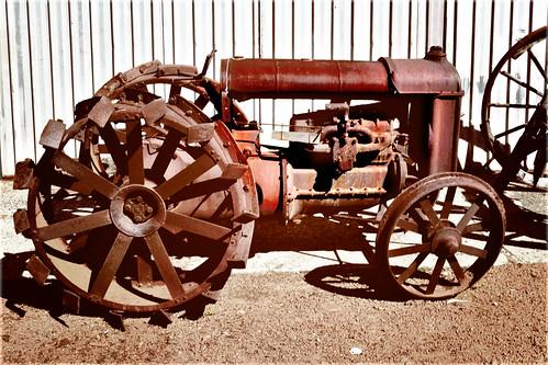 Jarr Dee Mill_Tractor