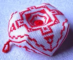 Biscornu (Regine1959) Tags: crossstitch selfmade handcraft xstitch handarbeit kreuzstich nadelkissen neadlework