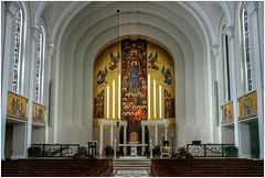 Madonna Della Strada Chapel (BalineseCat) Tags: park chicago campus university strada interior madonna chapel loyola rogers della
