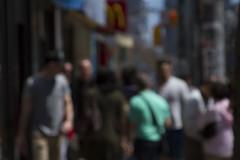 "Muchedumbre #2, de la serie ""Transentes"" (Rafael Alejandro Rodrguez) Tags: street city travel portrait urban toronto canada color art digital canon photography retrato fineart walker portraiture fotografia rodriguez sintexto rafaelalejandro"