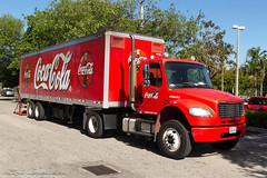 Small truck (jmvandeel) Tags: strand truck vakantie unitedstates florida miami zee cocacola miranda amerika zon 2014 jmvandeel vandeel