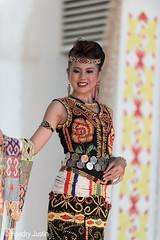_NRY5239 (kalumbiyanarts colors) Tags: sabah cultural dayak murut murutdance kalimaran2104 murutcostume sabahnative