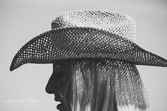 Rancho Kiowa 2015 – 9 (Aimar Ruiz (AKA ikeamendi)) Tags: party horses blackandwhite horse america portraits canon caballos cow cowboy texas fiesta cows indian valle bull bulls story riding american western toros americana indians rider burgos mena rancho vaca horseriding vacas reportage estadosunidos sombreros vaquero tejas kiowa reportaje exhibición siones 550d villasana suerño sionesdemena