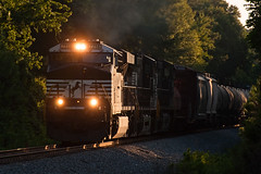 15-3327cr (George Hamlin) Tags: railroad trees light shadow electric train georgia photography photo george general diesel ns norfolk railway southern locomotive decor freight 177 hamlin manifest jenkinsburg es44