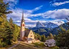Chiesa di San Giacomo (hunblende) Tags: peak sassolungo dolomites italy landscape mountains outdoor chapel chiesadisangiacomo elitegalleryaoi bestcapturesaoi