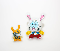 Roger Rabbit and Benny the Car (WuzOne) Tags: wuzone custom dunny munny kidrobot cartoon diy geek artoy vinyl toy thewuz collectible commission painting roger rabbit rogerrabbit bennythecar acrylic