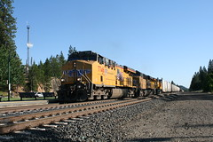 Union Pacific ZDLSK in Colfax, CA (CaliforniaRailfan101 Photography) Tags: up amtrak unionpacific priority ge freight bnsf reefer manifest emd californiazephyr burlingtonnorthernsantafe dash9 dpu es44dc gevo sd70m amtk c449w stacktrain sd70ace es44ac colfaxca c45accte p42dc trackagerights es44c4 tietrain sd59mx unitreefer zdlsk