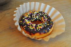 Gypsy Donut (Triborough) Tags: ny newyork donut doughnut nyack rocklandcounty