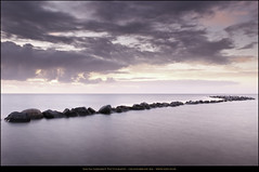Großenbrobe -Stones- (Sascha Gebhardt Photography) Tags: nikon nikkor ostsee lightroom langzeitbelichtung vpu l01 2470mm leefilter grosenbrode