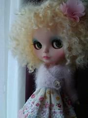 (lizard breath x) Tags: pink green wool yellow hair shoes doll factory dress blonde blythe custom wensleydale reroot eyechips flickrandroidapp:filter=none