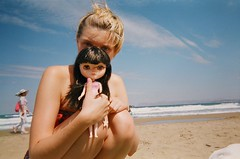 Me and India (mobe dolls) Tags: beach analog lomo doll five blythe jecci