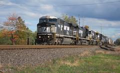 NS 8446 (Fan-T) Tags: ohio ns norfolk 8 southern dash hudson ge 8446