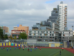 Field of Dreams & Via Verde, Bronx (JeffReuben) Tags: nyc newyorkcity newyork bronx soccer melrose viaverde grimshawarchitects dattnerarchitects phippshouses jonathanrosecompanies merrilllynchfieldofdreamssouthbronx 700brookavenue 700brookave