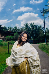 Parkala Portraits (travelling writer) Tags: portrait woman outdoor strobe swapna dimpy parkala x100s