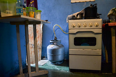 VFs-7314 (luizdaluz) Tags: cidade brazil 3 brasil casa bonito vila coisas vida popular periferia decorao morro 002 vf bairro pequeno barraco simples ladeira goiania goias habitao comodos finsocial